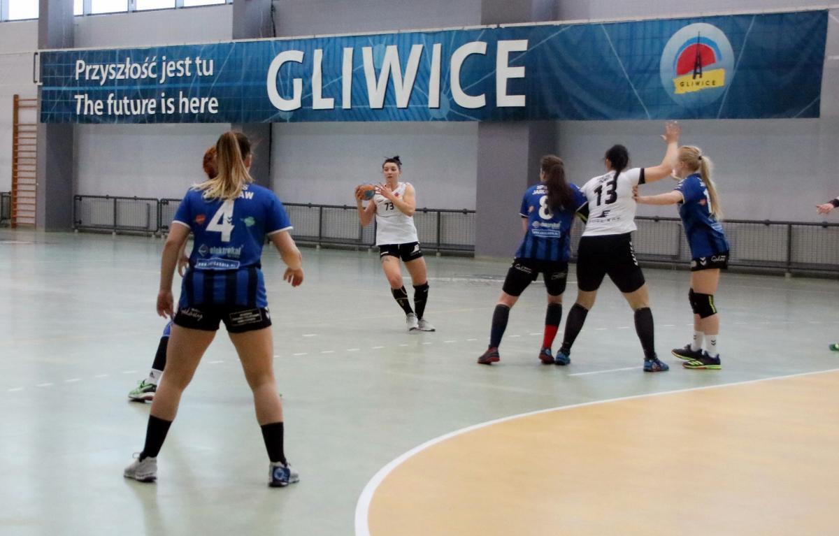 Mecz piłki ręcznej kobiet
